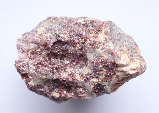 Lepidolit ásvány hatása